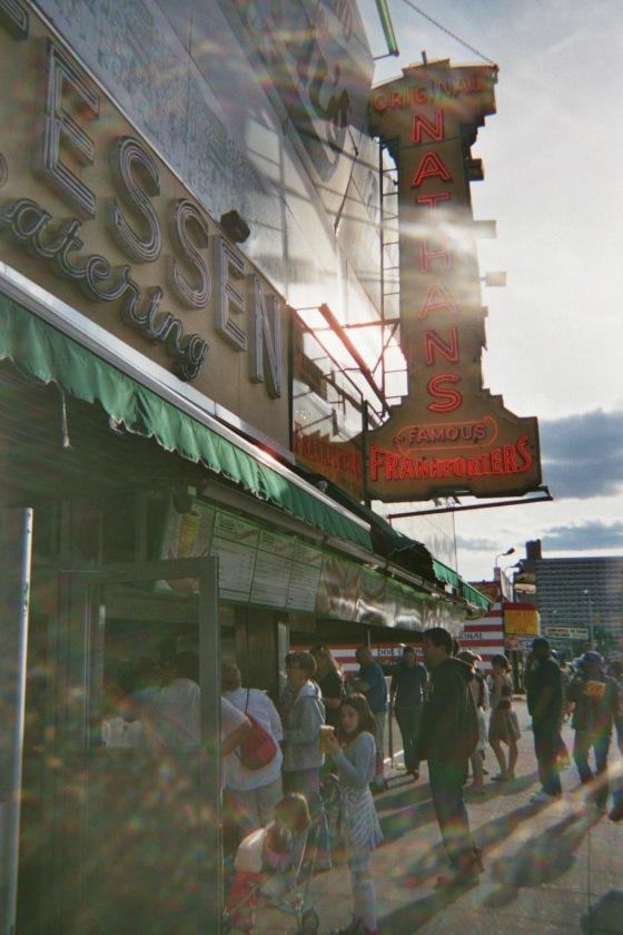 famous essen coney island 2010